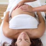 Les bienfaits du massage avant et après l'accouchement